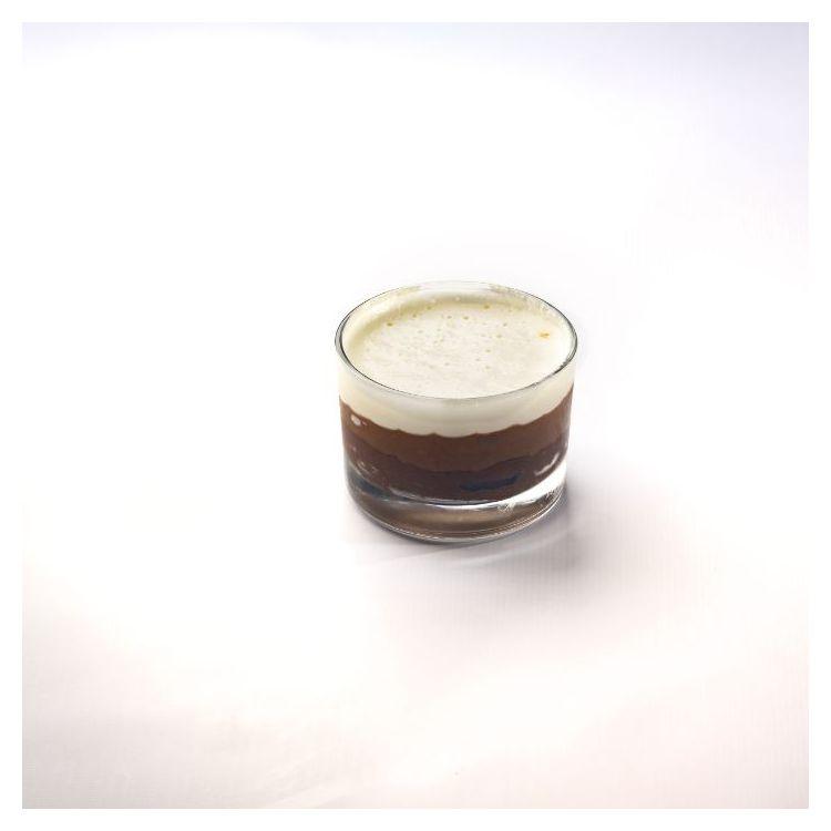 Mousse τριπλής σοκολάτας σε ποτήρι Bindi